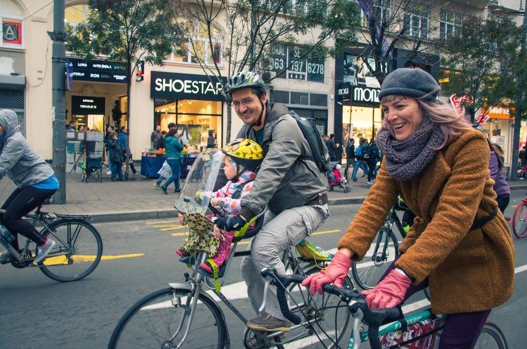beograd biciklisti deca porodica kritična masa