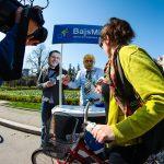 Bajs minus kartice performans Beograd Ulice za bicikliste bicikl