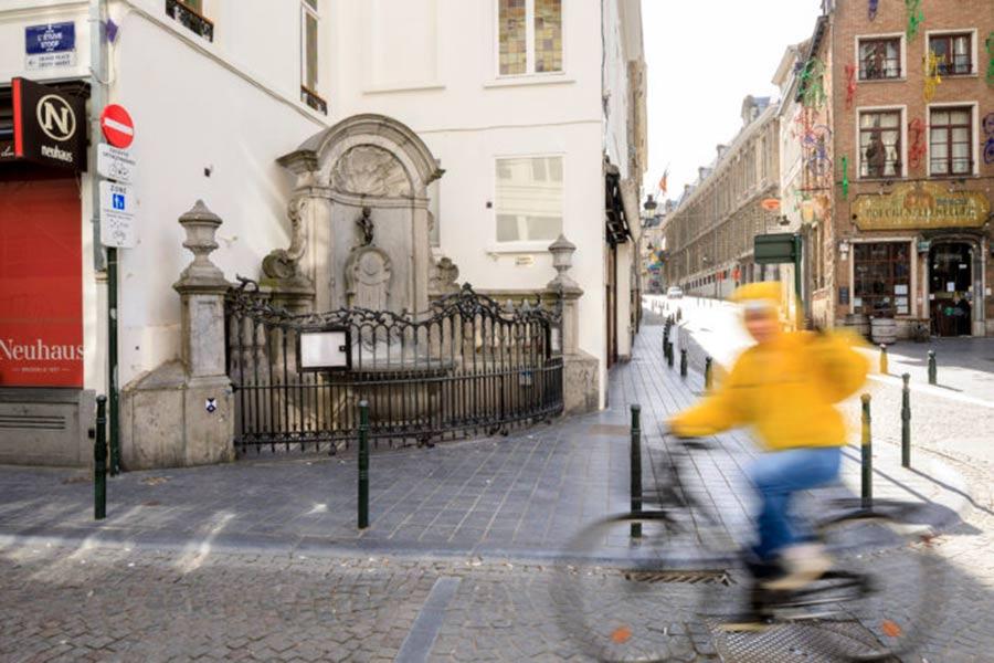 Brisel-daje-prednost-pešacima-i-biciklistima